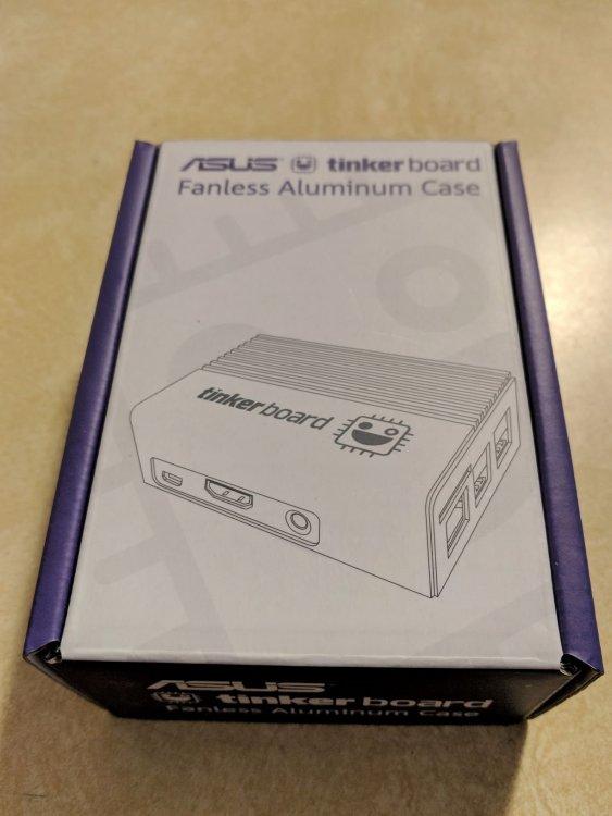 CaseBox.thumb.jpg.a26dfa97a660419cebe032889f144198.jpg